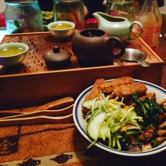 Homemade bibimbap for dinner to go along with some High Mountain GABA oolong.